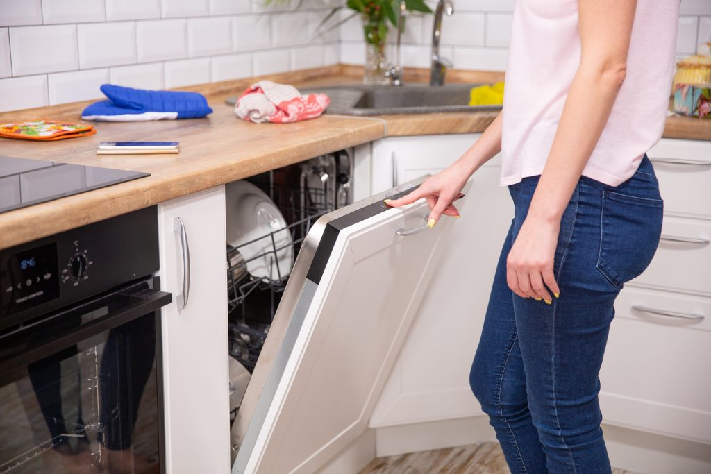 Common Reasons Your Dishwasher Won't Drain